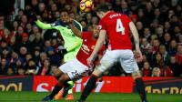 man-united-liverpool-antonio-valencia-15ene2017
